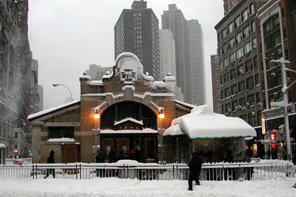 [72nd St.Subway Station]