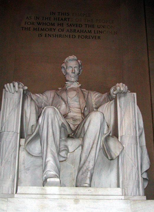 [Lincoln Memorial]