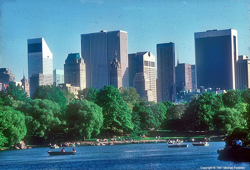 [Central Park Pond - Central Park South]