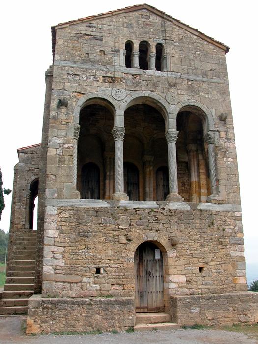 [Iglesia de Santa María del Naranco ]