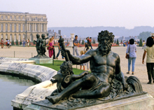 [Versailles Thumbnail]