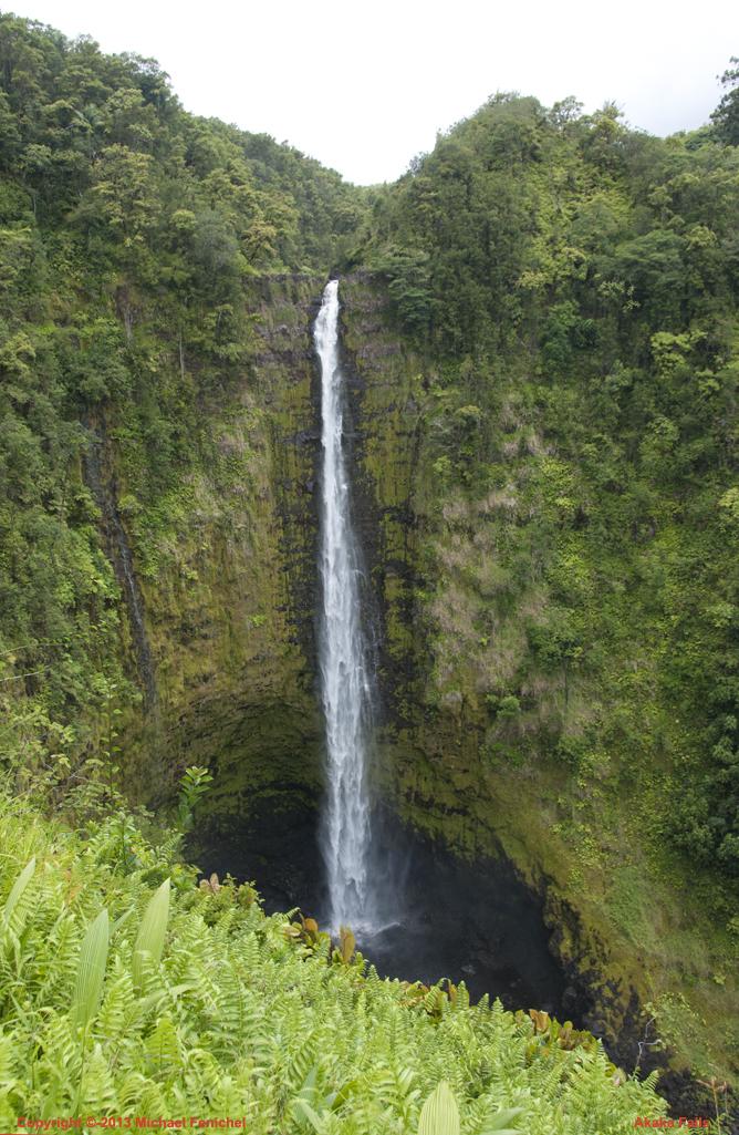 [Akaka Falls]