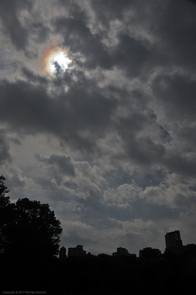 [Solar Eclipse 2017 - unfiltered - behind clouds]