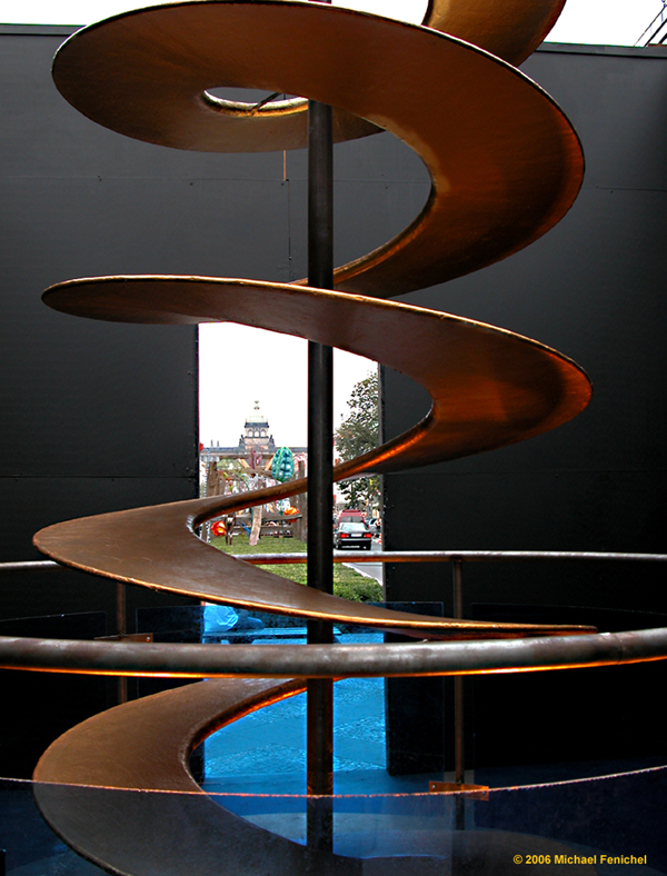 [Spiral between art, St.Wenceslas, and the Muzeum]