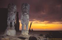 [Hawai'ian gods at Pu'uhonua O Honaunau]