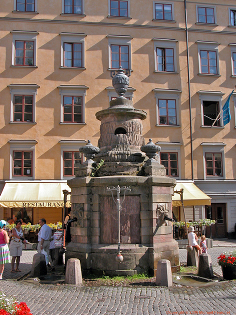 [Gamla Stan - Old Town Square Water Pump]