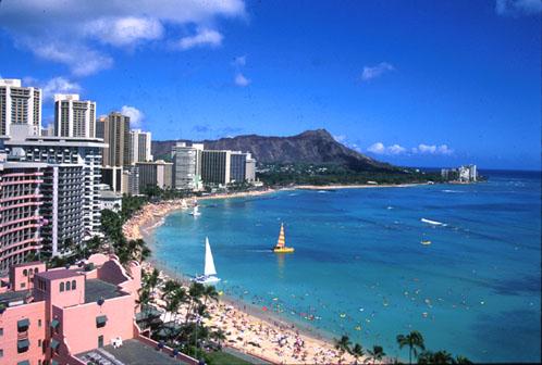 [Hotels along Waikiki Beach - Image Copyright Michael Fenichel]